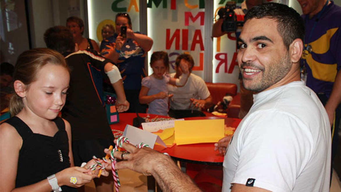 Greg Inglis led Maroons teammates on a visit to the Mater Children's Hospital in Brisbane. Courtesy QRL