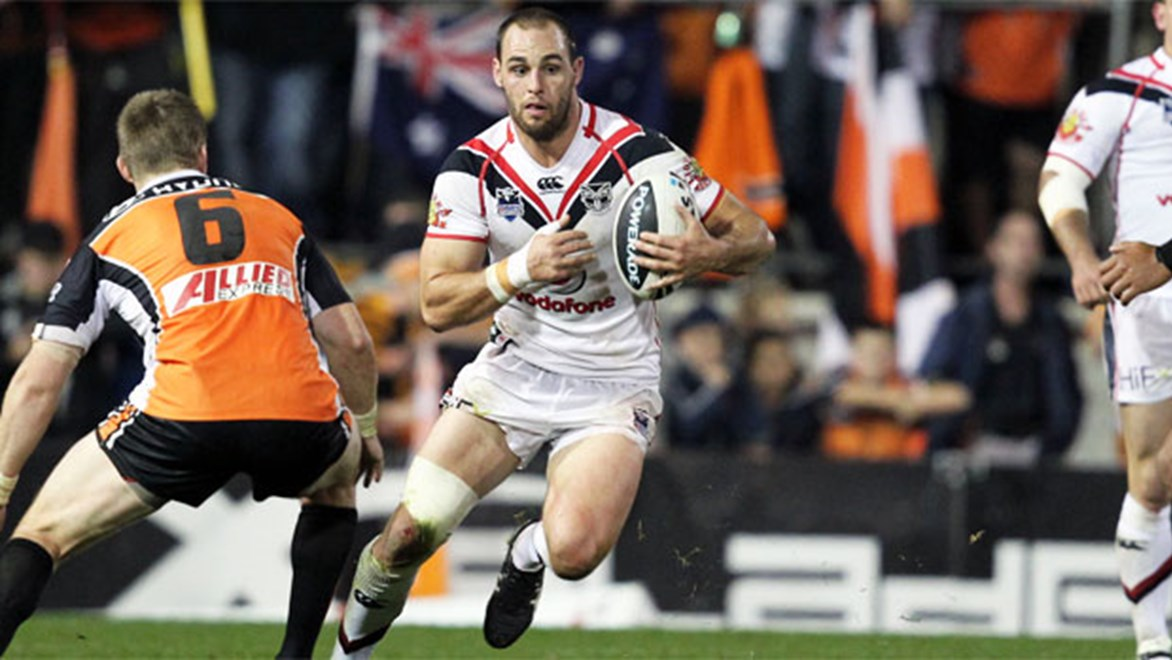 Dual position players like Warriors skipper Simon Mannering can be worth their weight in gold in Holden NRL Fantasy. Copyright: Grant Trouville/NRL Photos.