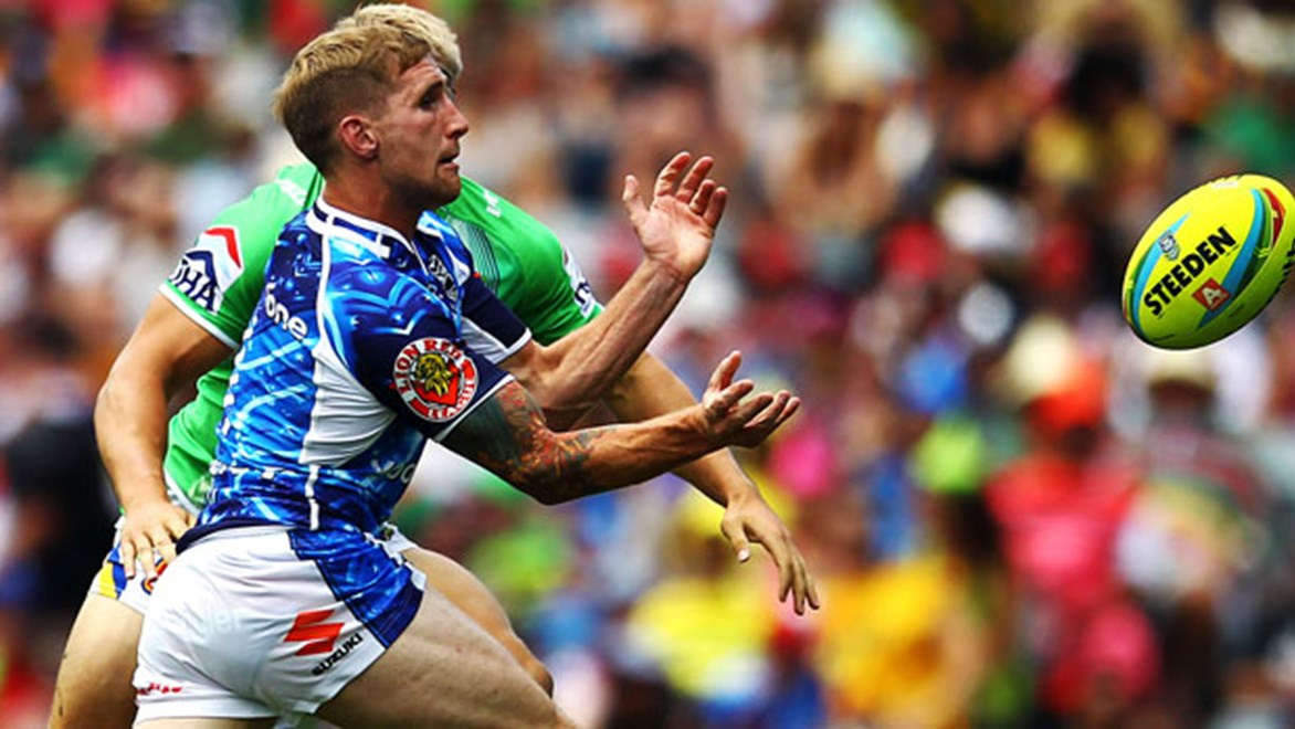 Sam Tomkins in action at the Auckland Nines. Photo: photosport.co.nz.