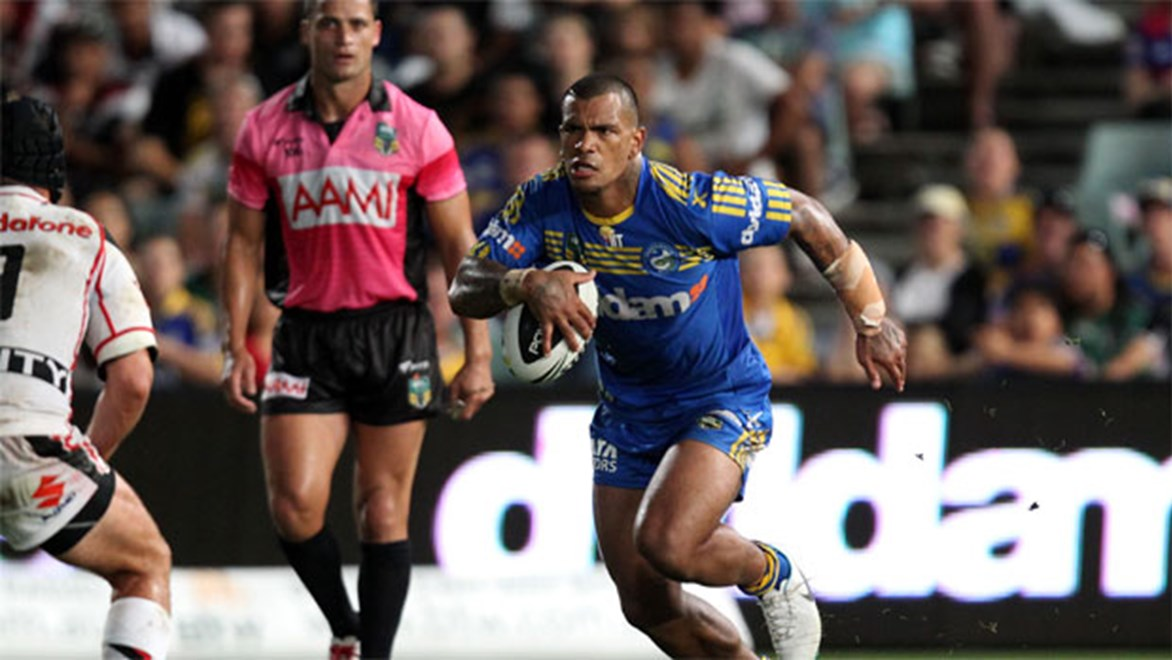 Even referee Henry Perenara is stunned by the rise of Eels unknown Manu Ma'u. Copyright: NRL Photos/Grant Trouville.