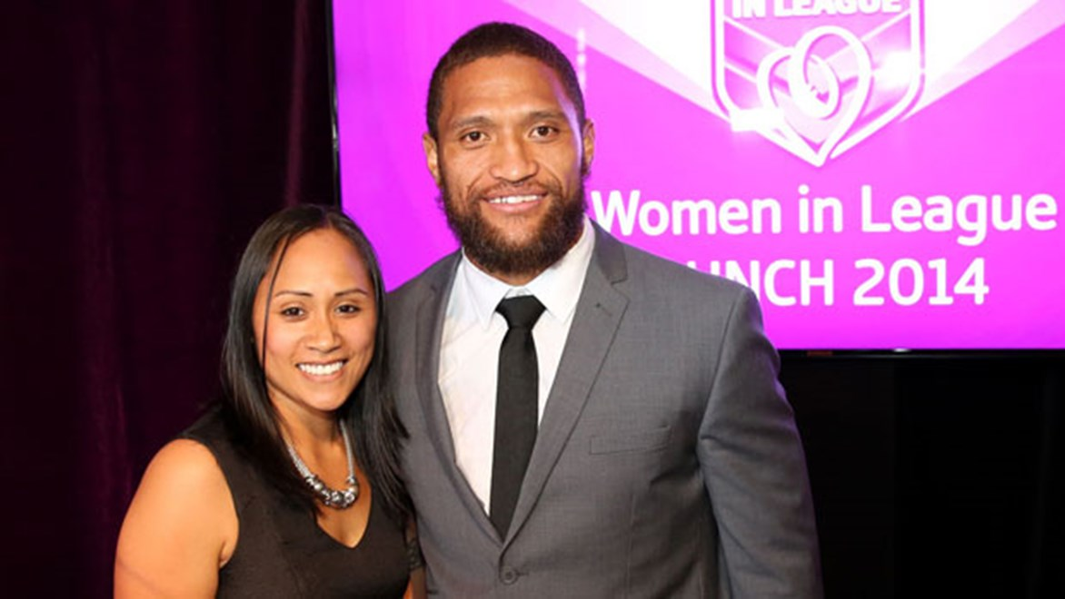New Zealand Warriors winger Manu Vatuvei has been voted the game's 'favourite son' for the Women In League round.