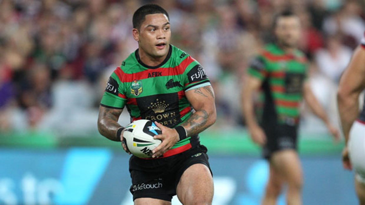 South Sydney hooker Issac Luke has ended any speculation of him moving elsewhere by re-signing with the club until at least 2017.