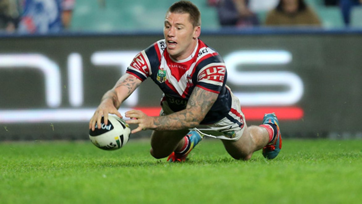 Shaun Kenny-Dowall scores in the Roosters' Round 14 win over the Knights at Alllianz Stadium.