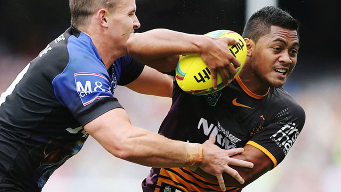 Having made his club debut at the Auckland Nines Anthony Milford gets to test his combination with halves partner Ben Hunt on Saturday night.