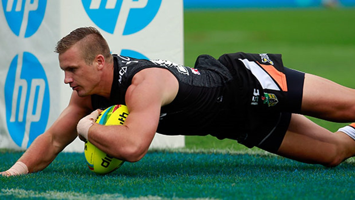 Josh Drinkwater scores for the Wests Tigers at the NRL Auckland Nines.
