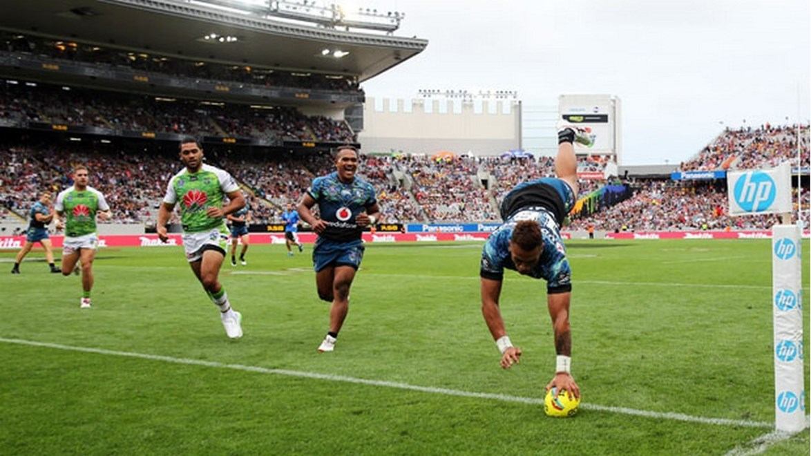 Warriors youngster Ken Maumalo dives for a try in the corner after taking a great cutout pass from Shaun Johnson.
