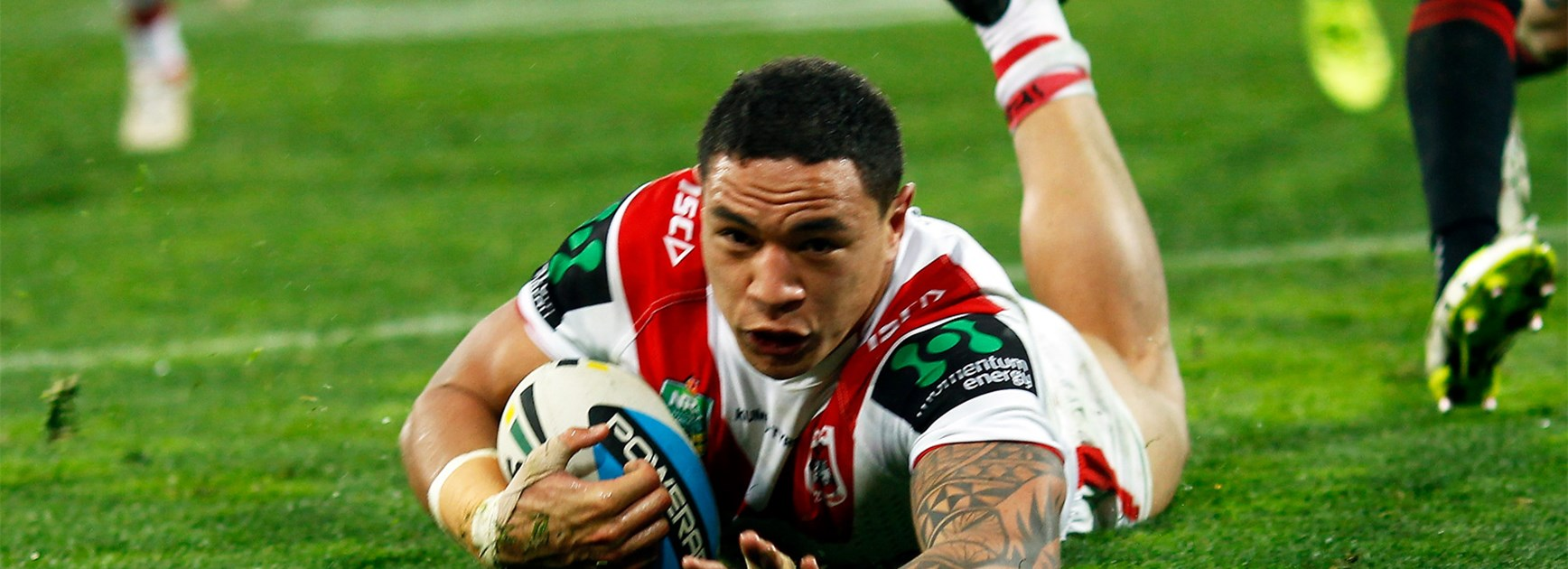 Tyson Frizell scores for the Dragons in their thrashing of the Warriors on Saturday.