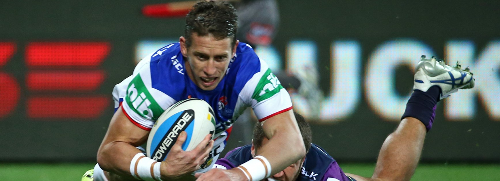 Kurt Gidley scores against the Storm at AAMI Park in Round 24.