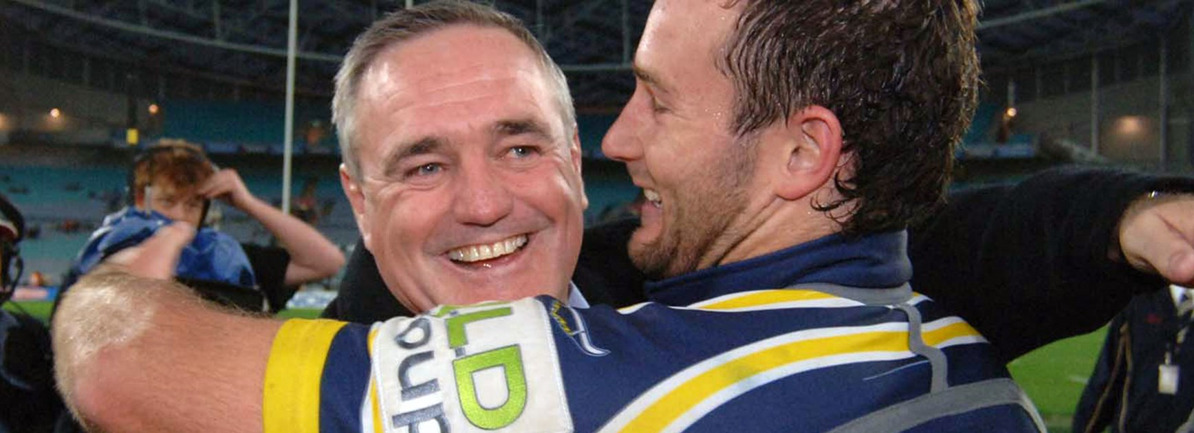 Former Cowboys and Leeds Rhinos coach Graham Murray (pictured left, 2005) will be honoured at the 2016 World Club Challenge.