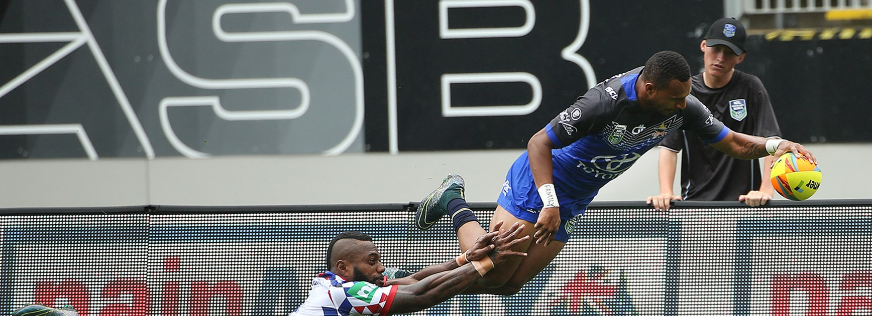 Cowboys rookie Gideon Gela-Mosby scored two tries against the Knights at the Downer Auckland Nines.