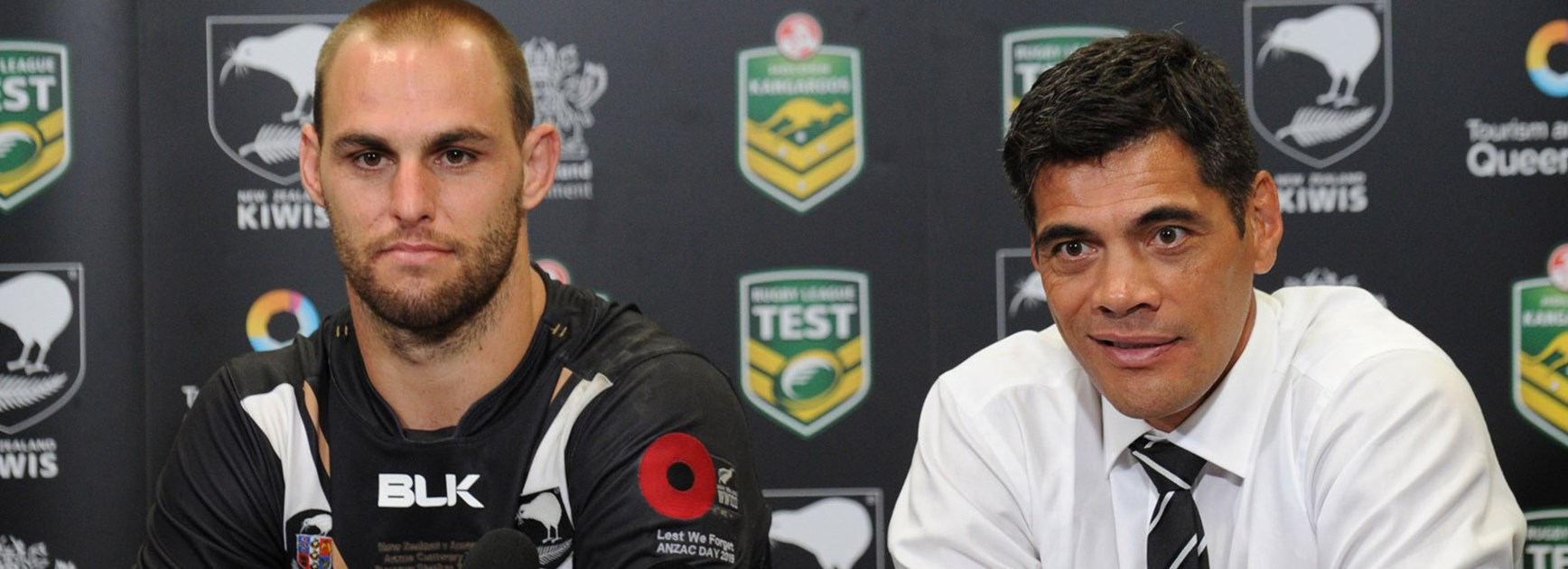 Kiwis coach Stephen Kearney and captain Simon Mannering after their side's win over the Kangaroos.