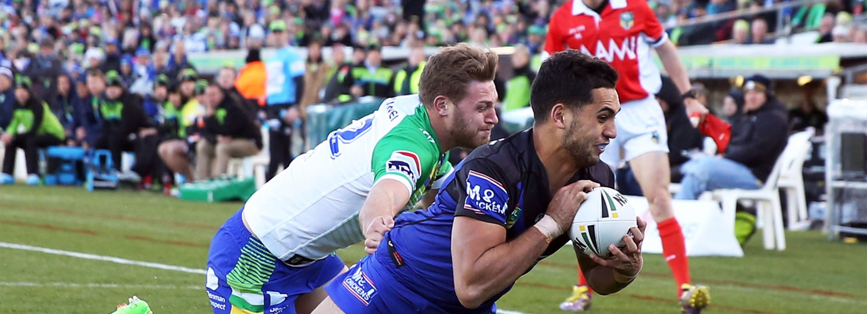 Raiders rookie Reimis Smith scored with his first touch in the NRL in Canberra on Sunday.