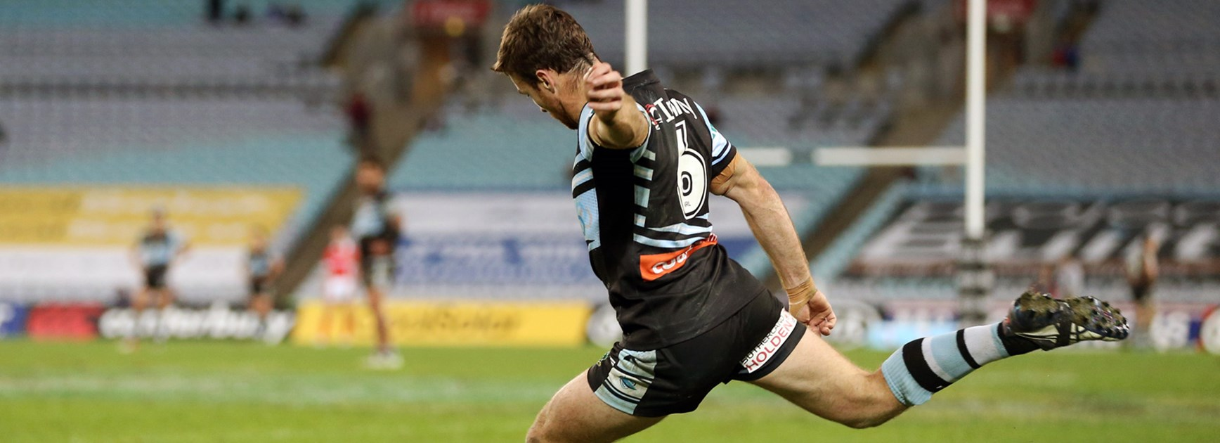 Sharks five-eighth James Maloney kicked the winning points on Monday night.