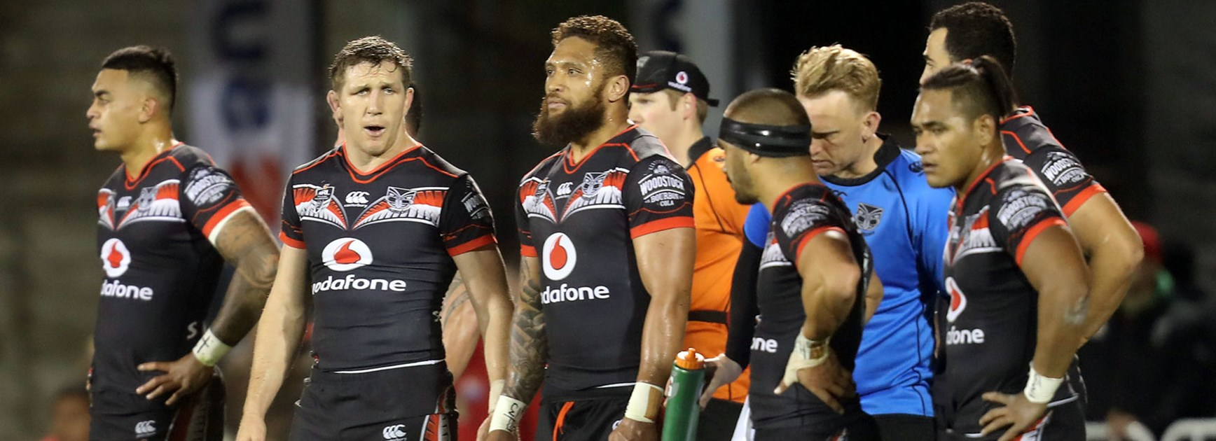 Warriors players look during their loss to the Rabbitohs in Round 23.