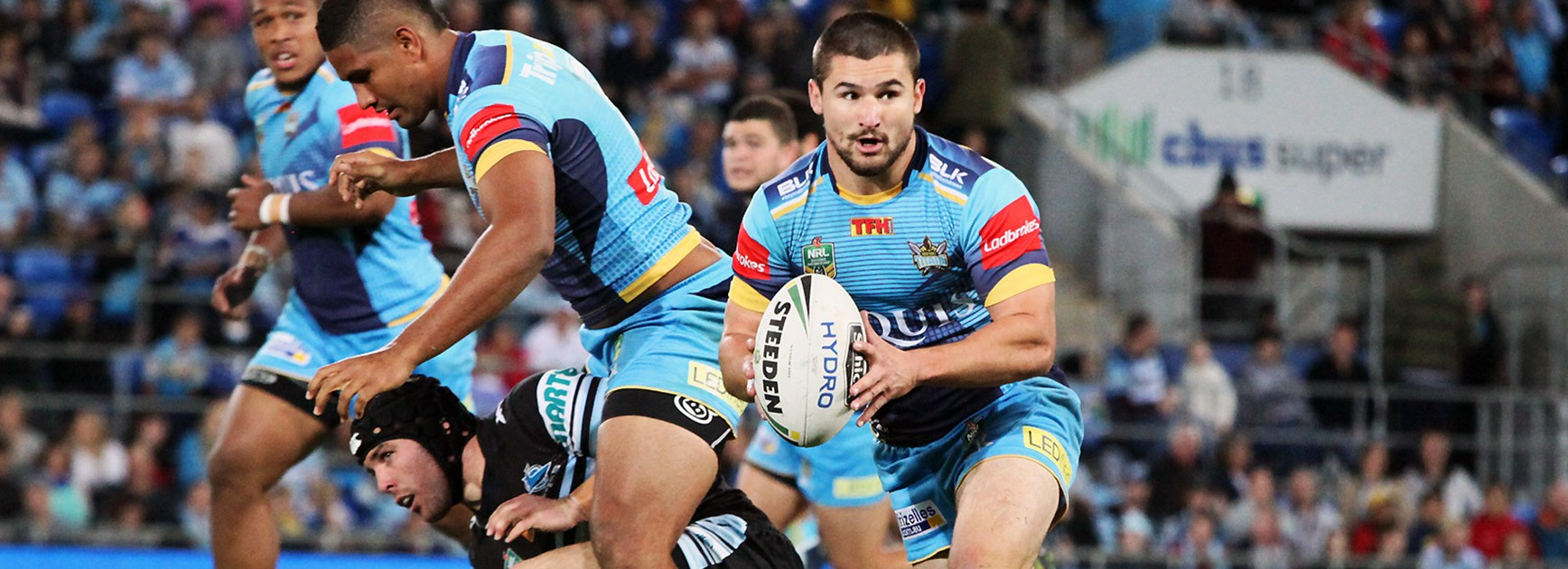 Former Titans half Cameron Cullen has signed a two-year deal with the Sea Eagles.