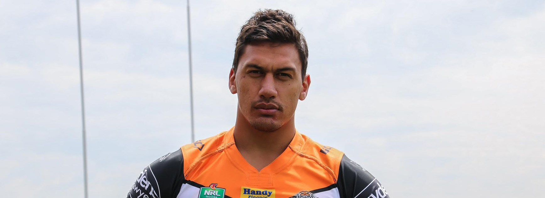 Elijah Taylor has re-signed with the Wests Tigers for another two seasons.
