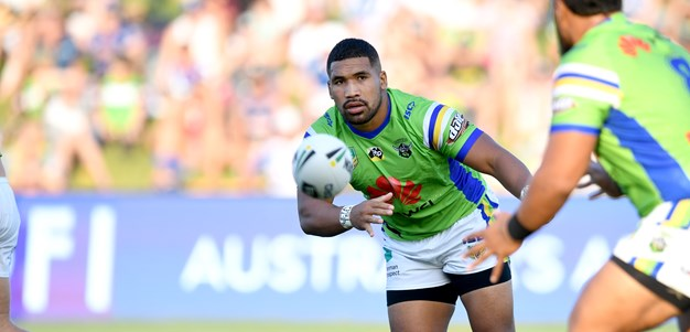 Siliva Havili: U-Haul van to Raiders' main man