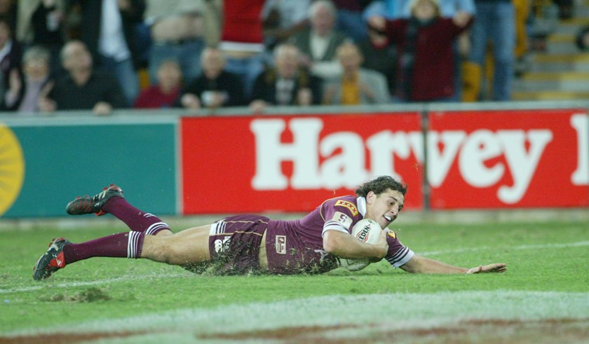 Billy Slater crosses for his famous 2004 Origin try.