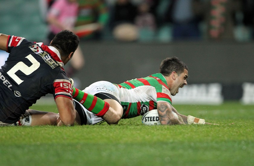 Souths halfback Adam Reynolds scores the match-winning try against the Roosters in 2012.