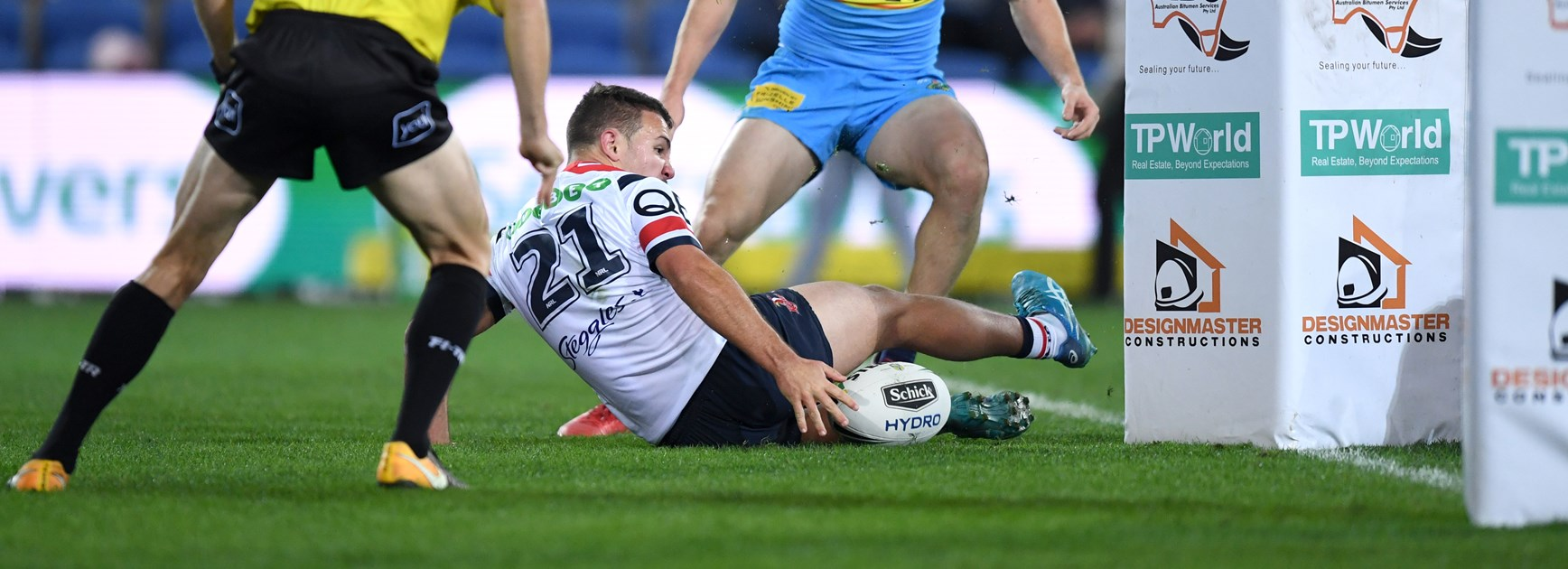 Roosters rookie Sean O'Sullivan scores against the Titans.