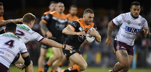 Wests Tigers edge Manly to keep finals hopes alive