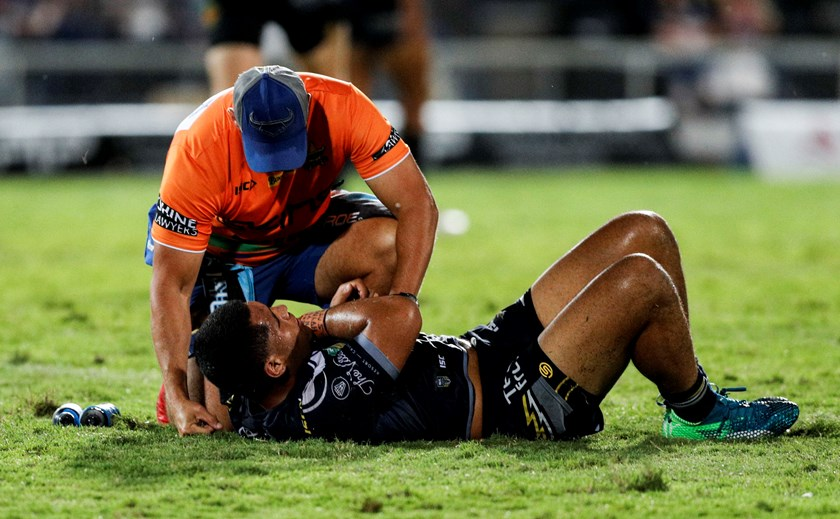 John Asiata goes down injured in round seven.