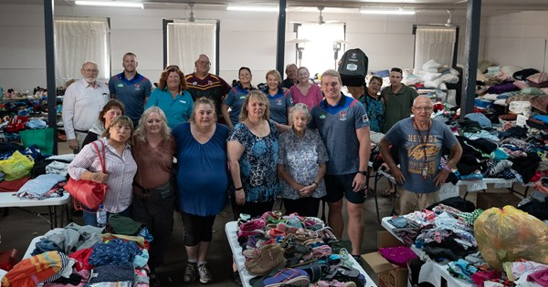 Truckload of goodwill: Newcastle Knights drive donations into fire-ravaged heartland - NRL.COM