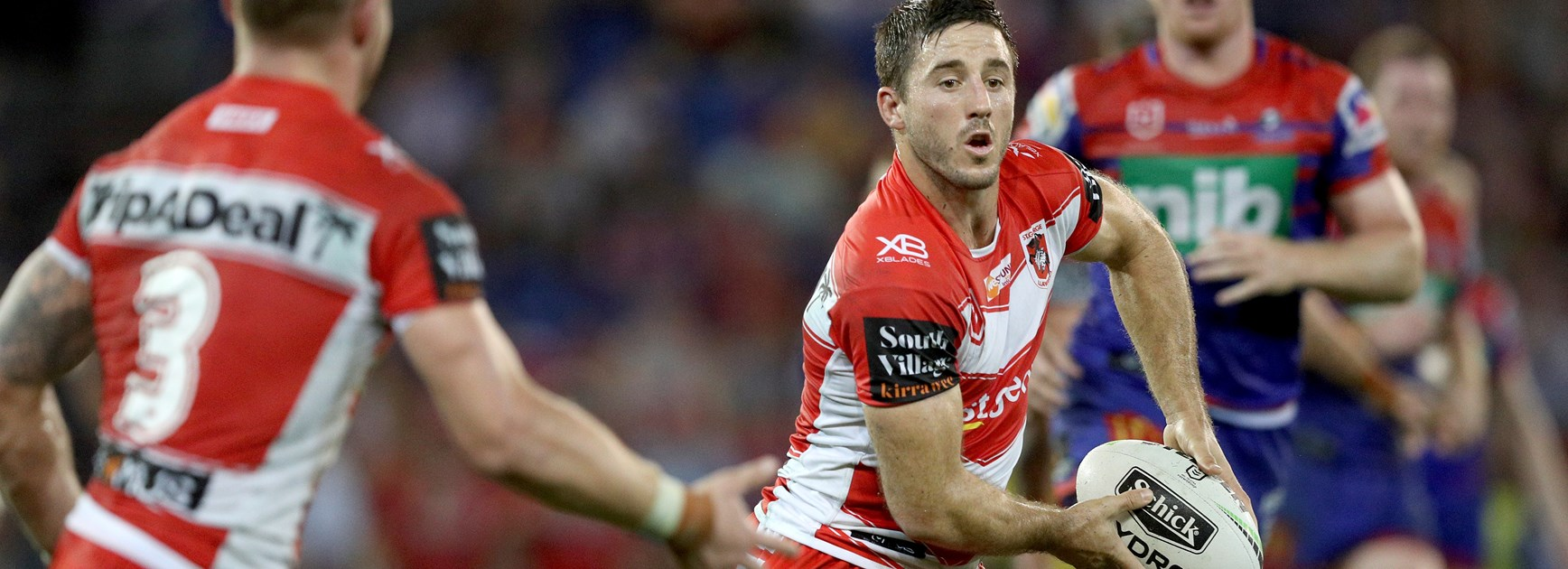 Dragons halfback Ben Hunt.