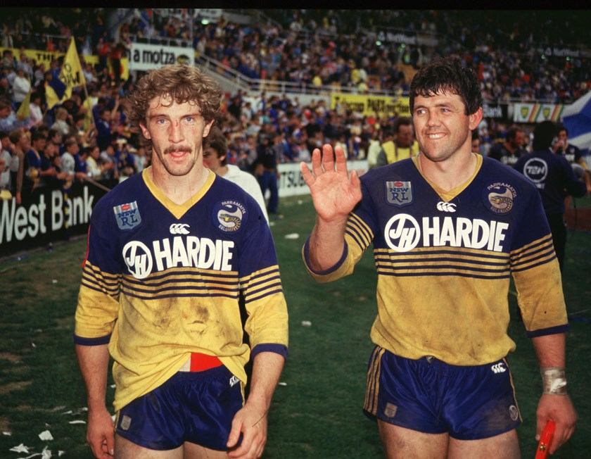 Parramatta's Brett Kenny does a lap of honour after the 1986 grand final