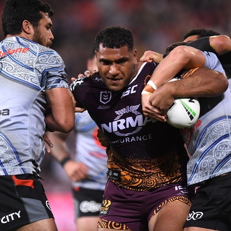 Broncos, Warriors fight out draw after golden point frenzy