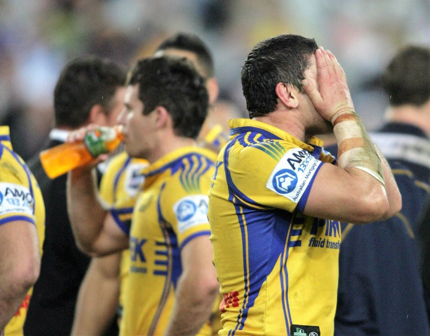 Nathan Cayless after the 2009 grand final.