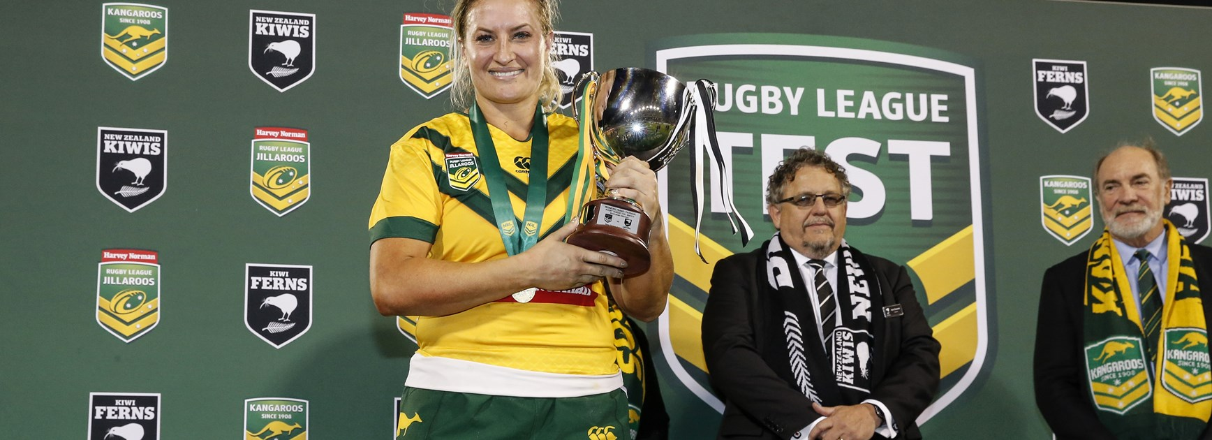 Ruan Sims celebrates the Jillaroos' win over the Kiwi Ferns in 2017.