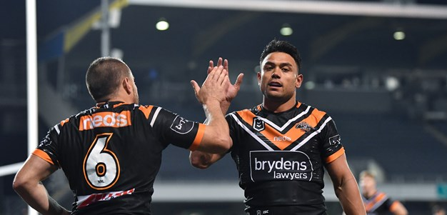 Nofoaluma agrees to new four-year deal with Wests Tigers