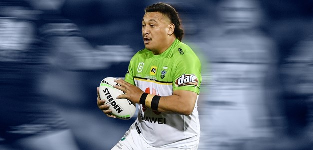 Prop on the hop: Papalii smashes season-best in try-saving sprint