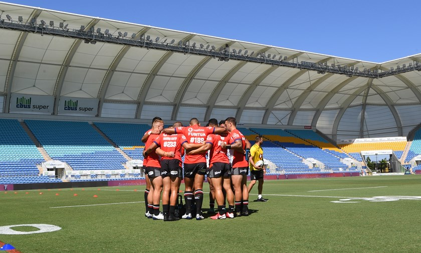 The Warriors form a huddle before Saturday's clash with Canberra on the Gold Coast.
