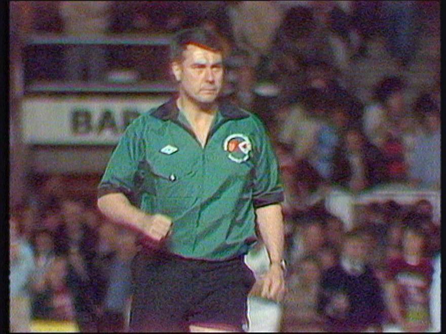 English referee Billy Thompson.