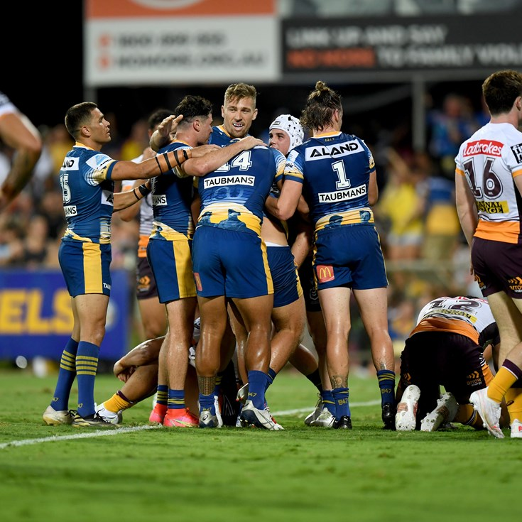 Sivo, Cartwright star as Parra pummel tackle-shy Broncos